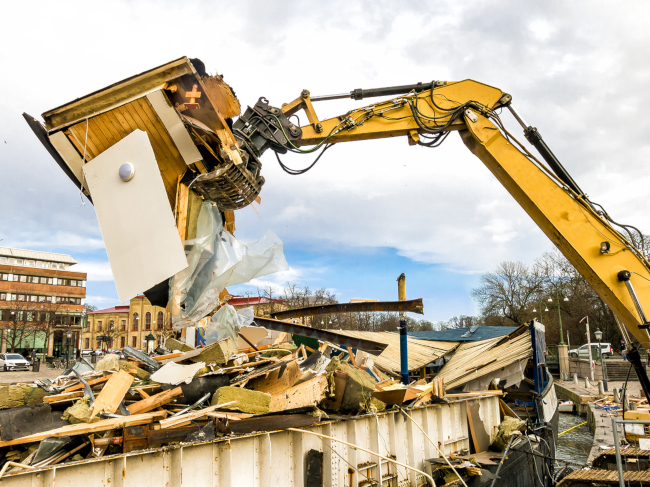 3 Reasons Why You Need Professional Demolition Cleanup